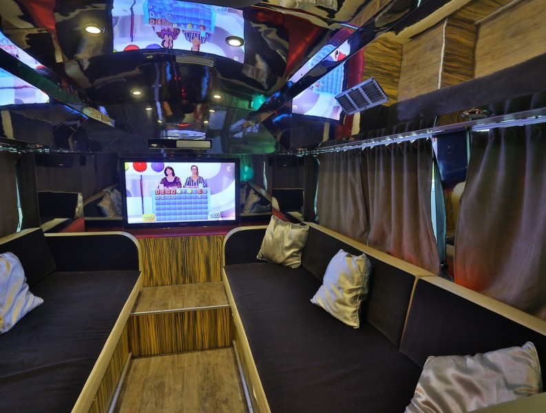 Tourbus Le Jungle